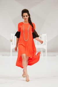 fashion-show-1746599_1280.jpg