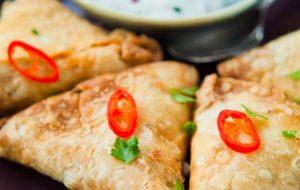 indian-spicy-vegetable-samosa.jpg